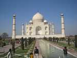 Taj Mahal - the delight of India! (Boo hoo... they wouldn't let Monty go inside!)